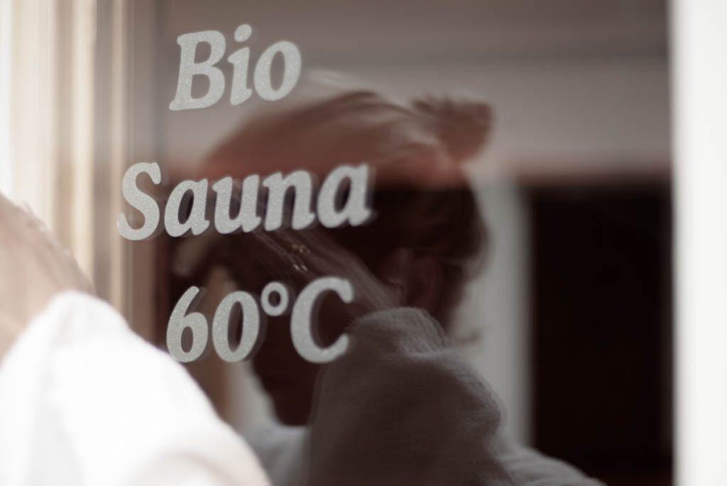 Aufschrift Bio Sauna 60°C